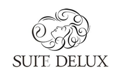 Suit DeLux