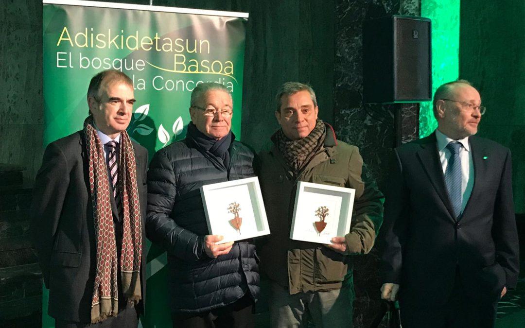 """El Centro Empresarial Edificio Seminario celebra el """"Zuhaitz eguna"""" con la plantación de nuevos árboles en el """"Bosque de la Concordia"""""""